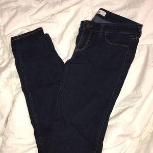 Hollister dark wash jegging jeans